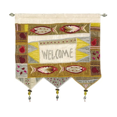 Welcome - Fish - Gold Wall Hanging In English