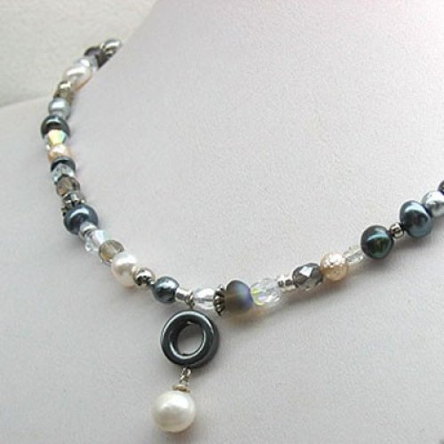 Pearly Nights Necklace by Edita